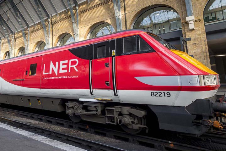 train with LNER livery